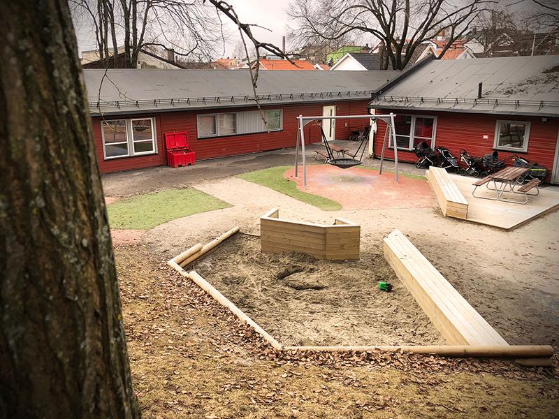Fra uteområdet til Hammerfestgata barnehage