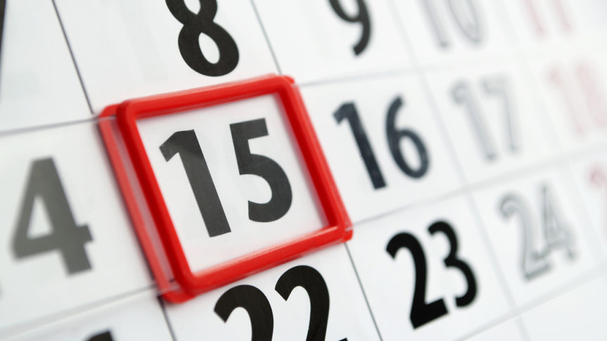 Kalender med markering av den femtende i måneden (Foto: colourbox.com)
