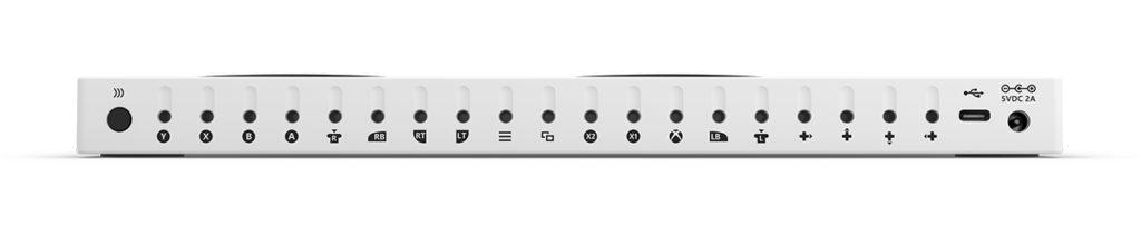 Innganger på øvre langside av Xbox Adaptive Controller (Foto: Microsoft)