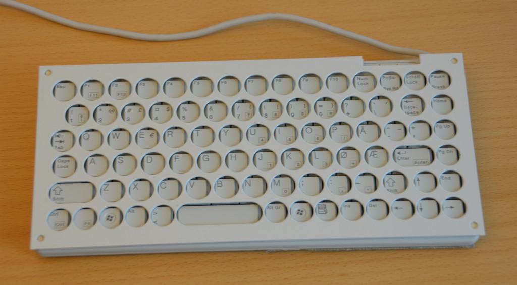 Tastatur med fingerguide