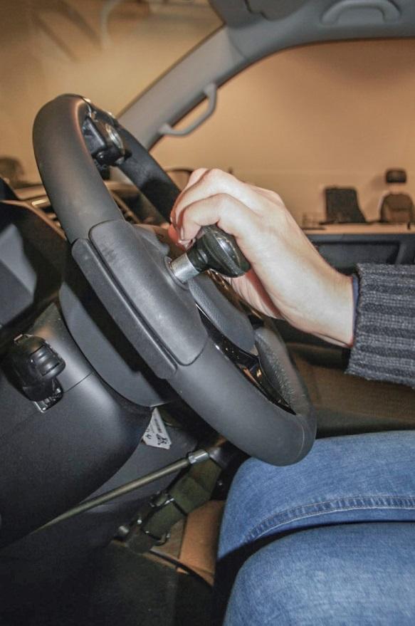 Rattkule montert for bruk med venstre hånd