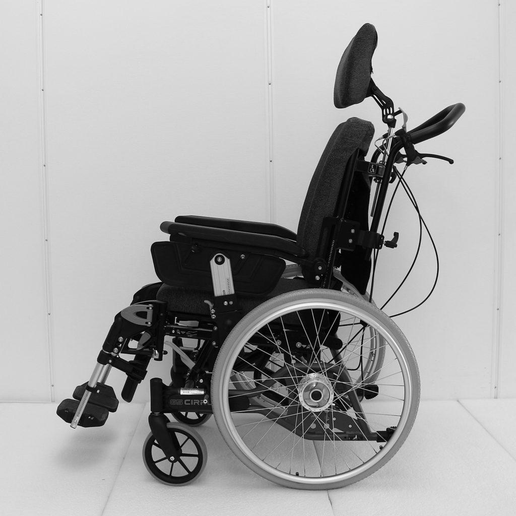 Cirrus manuell rullestol fra siden
