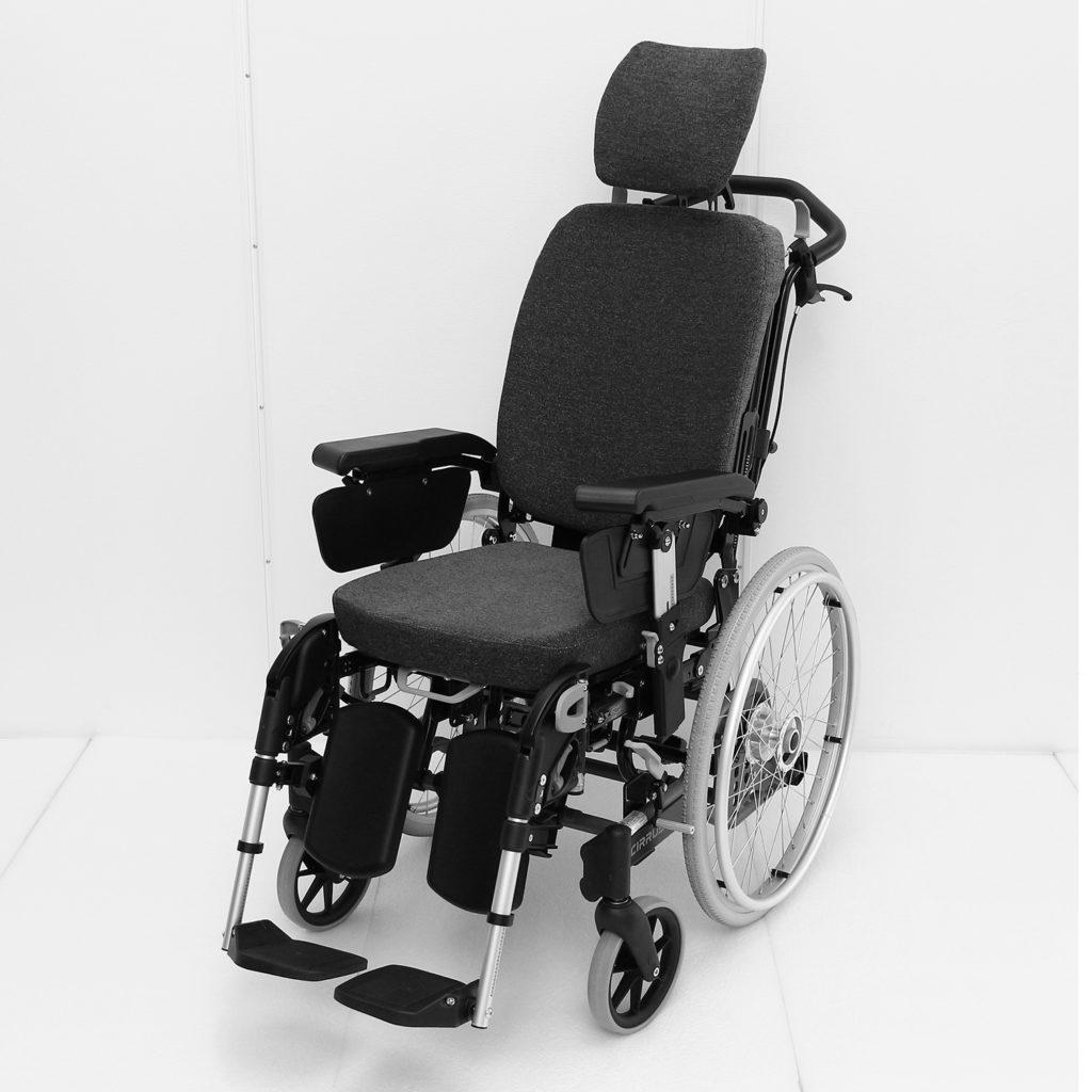 Cirrus manuell rullestol på skrått forfra