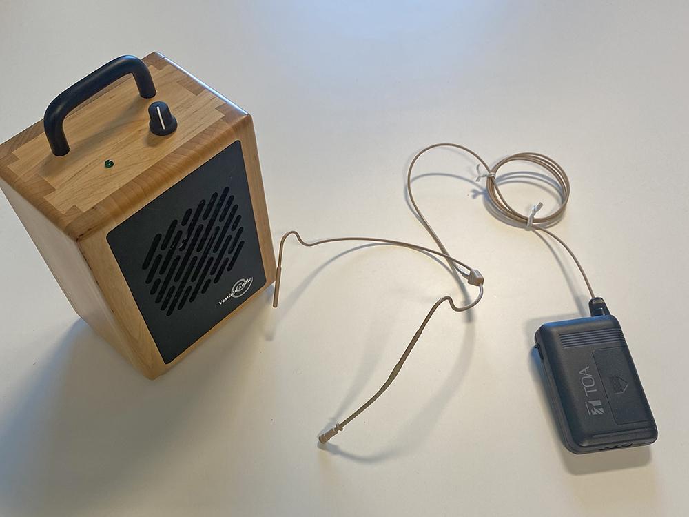 Trådløs stemmeforsterker med ekstern høyttaler